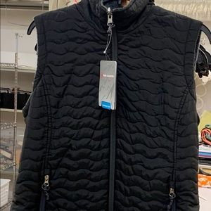 NWT Free Country reversible vest